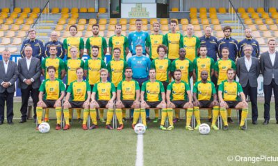 Huizen elftalfoto 2016-2017