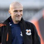 Katwijk verlengt met trainer Dick Schreuder