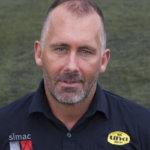 """UNA-coach Van Bezouwen: 'Spelers laten meedenken over 'voetbalproblemen"""""""