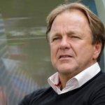 Telstar-coach Mike Snoei na uitschakeling door VVSB: 'Ik schaam me dood'