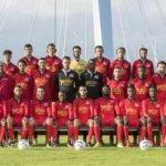 Gemeente stelt Magreb '90 ultimatum, anders hek sportpark op slot