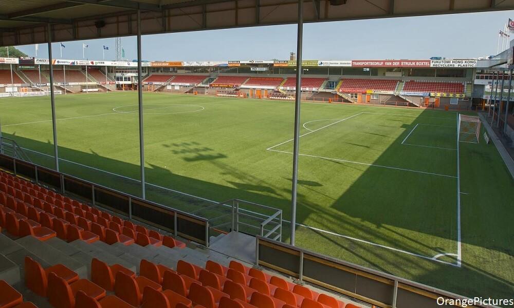 Talent van IJsselmeervogels tekent contract bij FC Volendam - Voetbal247.nl
