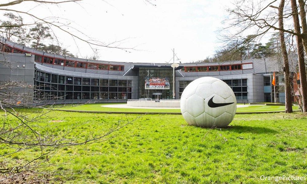 KNVB: 'Meer informatie over de categorie A competities volgt morgen' - Voetbal247.nl